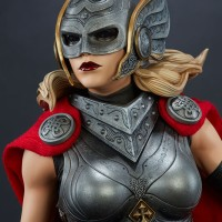 Sideshow Lady Thor Premium Format Statue Up for Order!
