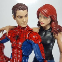 Marvel Legends Mary Jane Spider-Man Two-Pack In-Hand Photos!