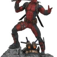 Marvel Premier Collection Deadpool Statue Up for Order!