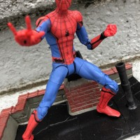REVIEW: Marvel Select Spider-Man Homecoming Figure