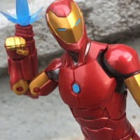 Black Panther Marvel Legends Invincible Iron Man Review