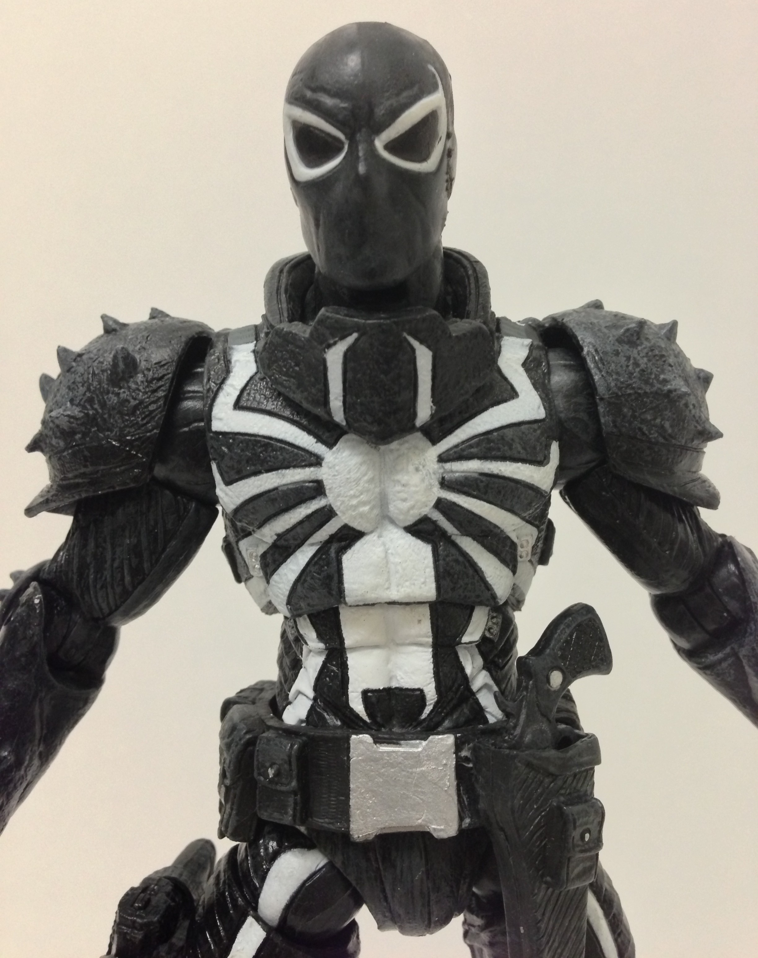 Diamond Select Toys Flash Thompson Venom Figure Close-Up
