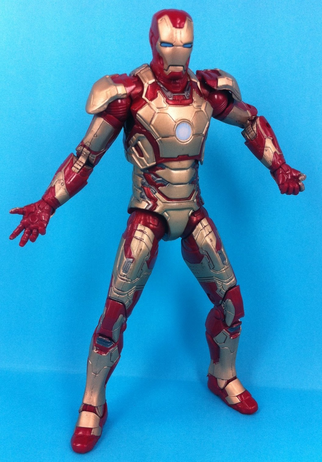 Hasbro Iron Man 3 Marvel Legends Iron Man Mark XLII Figure