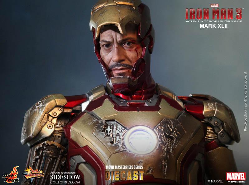 Tony Stark Head on Hot Toys Iron Man Mark XLII Figure