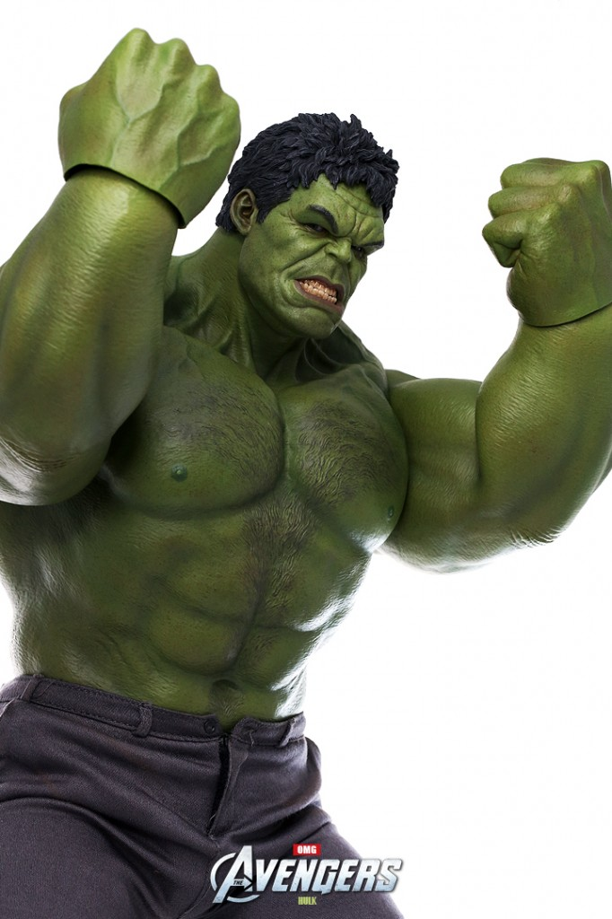 Avengers Hot Toys Hulk Figure with Closed Fists