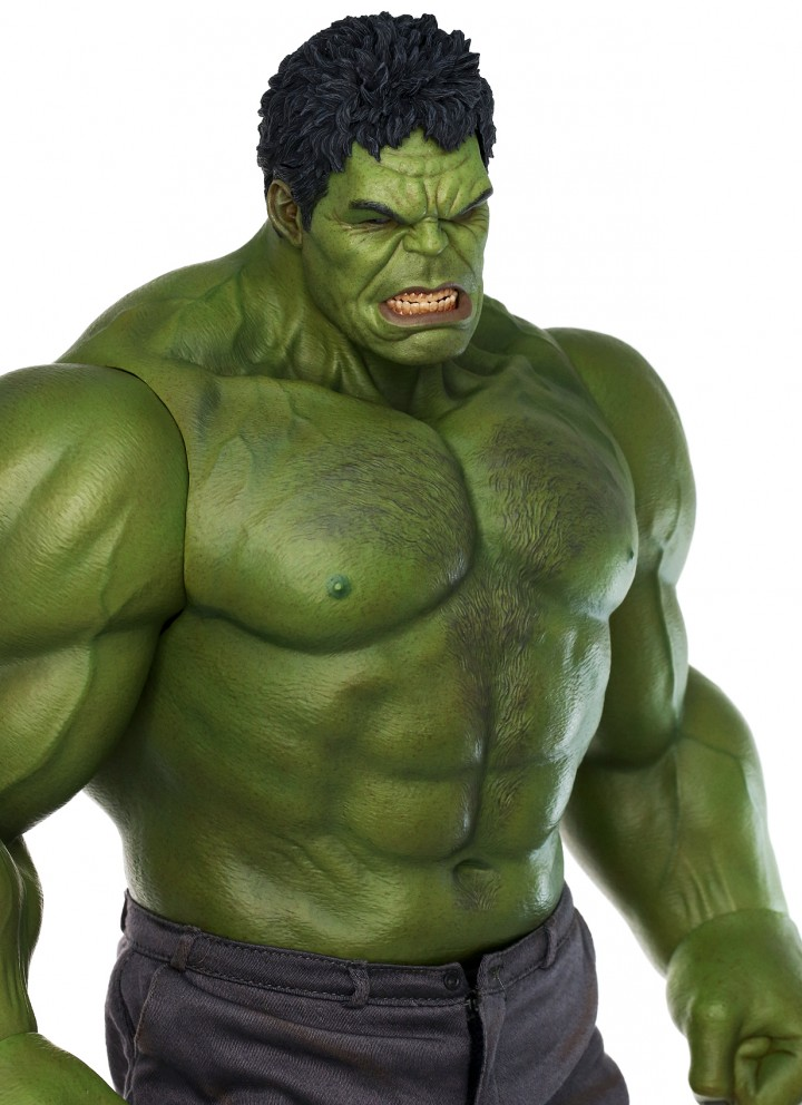 Hulk Hot Toys Figure Hairy Chest Photo