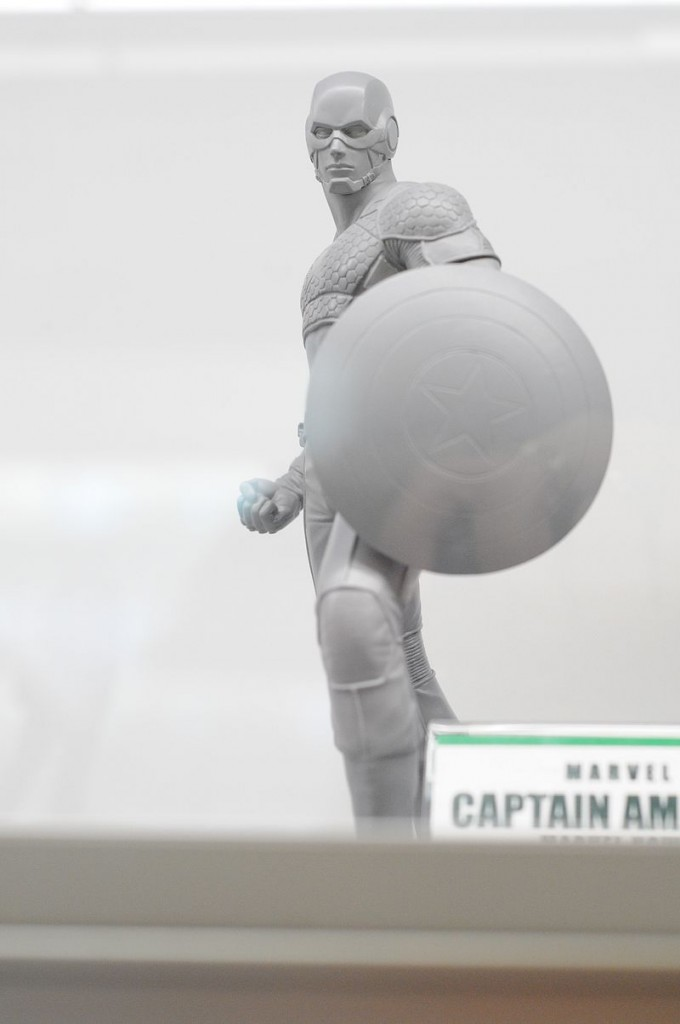 Kotobukiya Avengers Marvel NOW Captain America Statue Prototype SDCC 2013