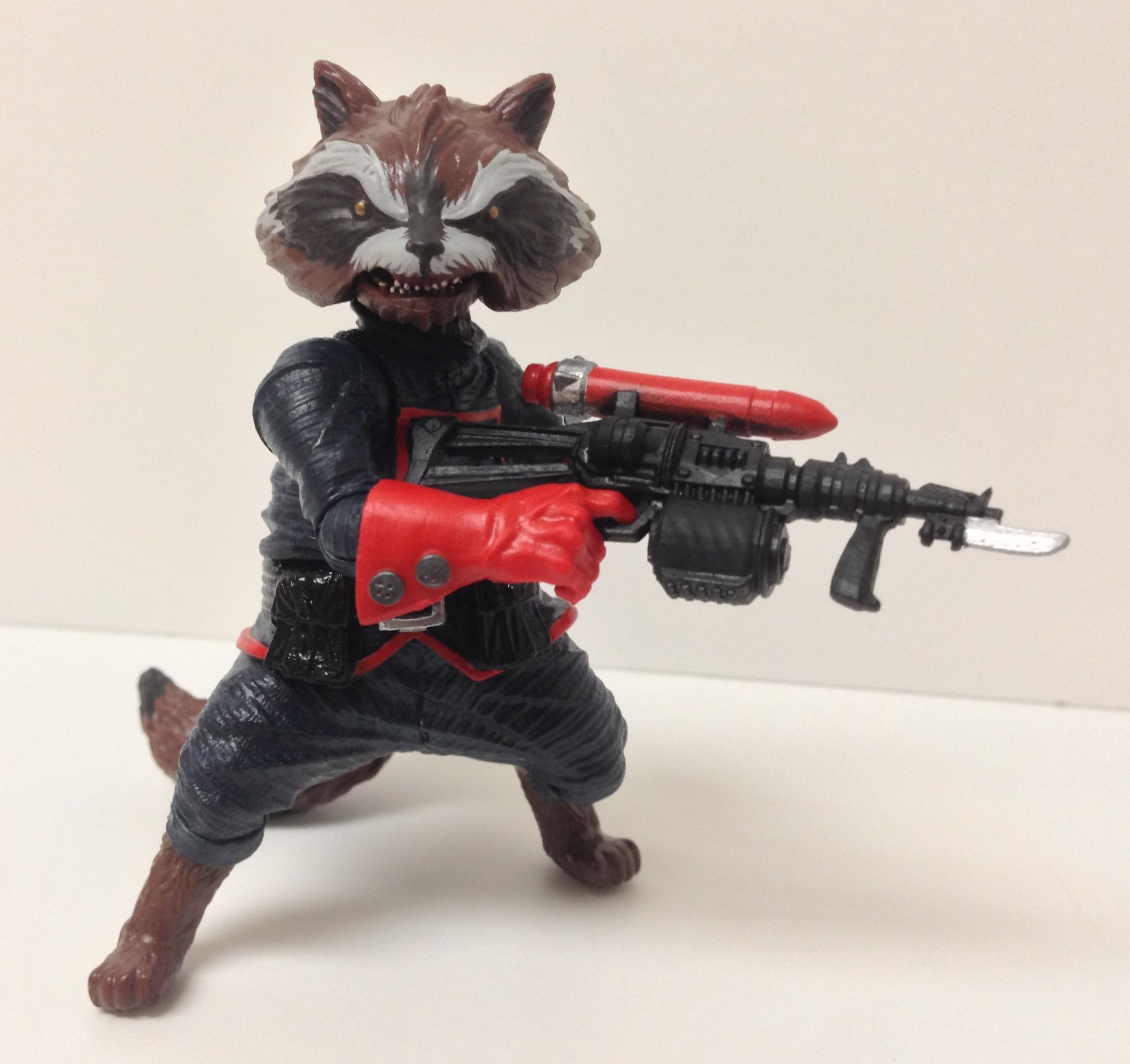 Hasbro Rocket Raccoon Figure Holding Gun Guardians of the Galaxy