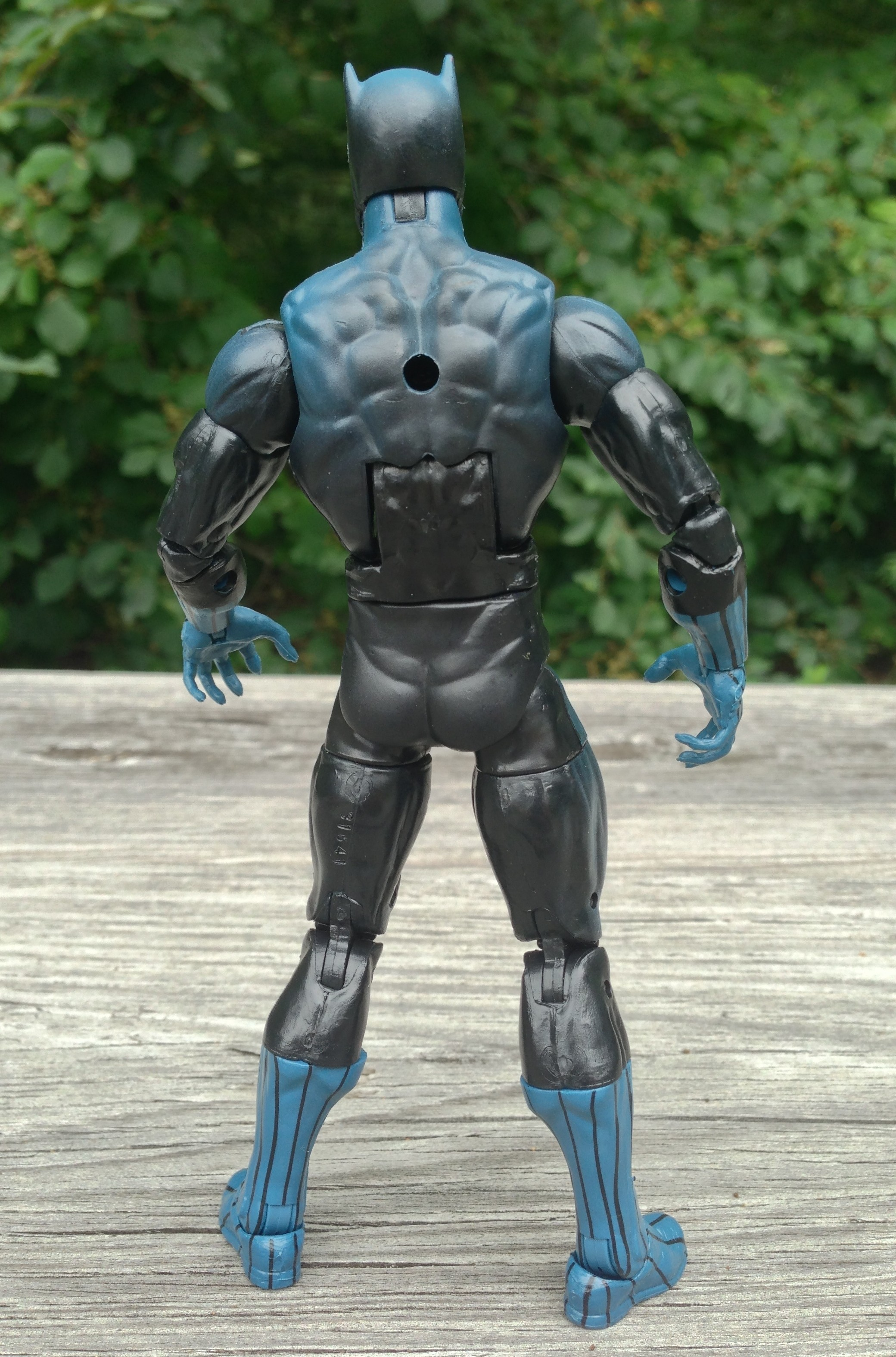 Marvel Legends 2013 Series 2 Black Panther Figure Back