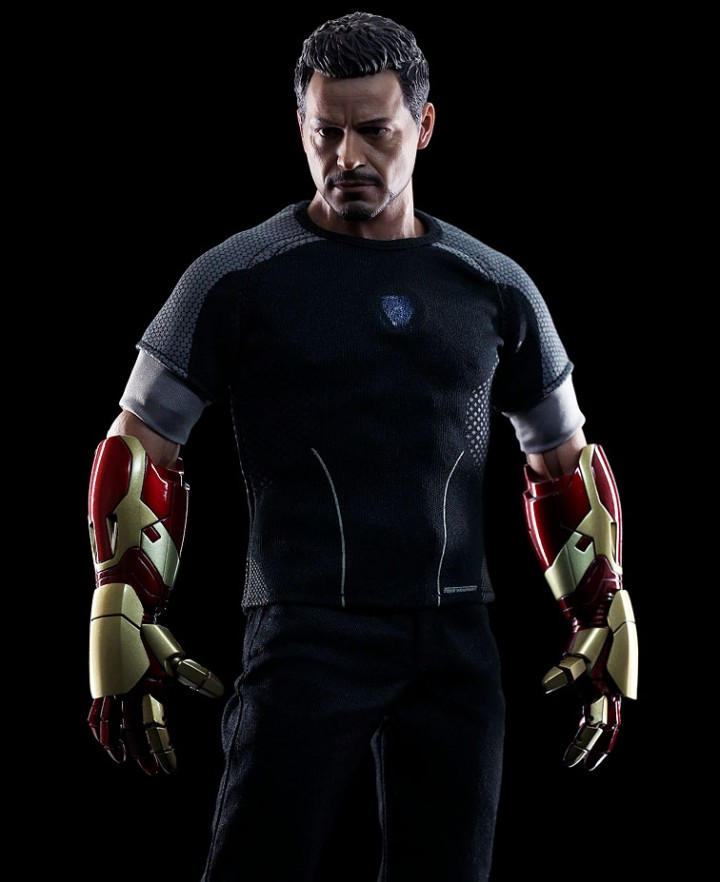 Hot Toys Iron Man 3 Tony Stark Figure Released! - Marvel ...