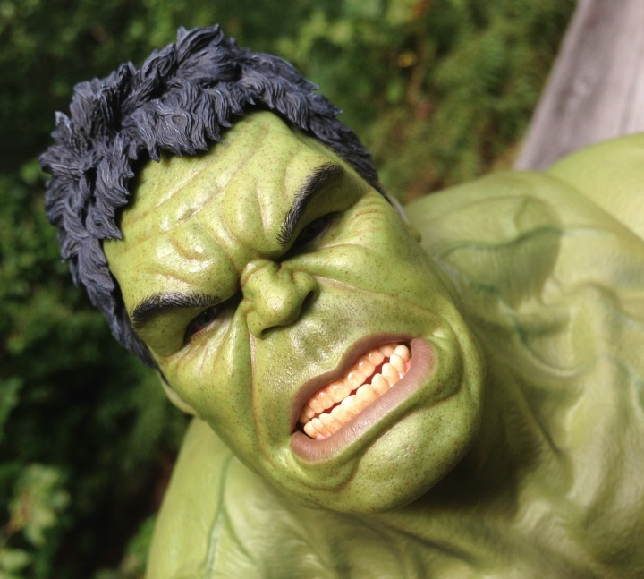 Hot Toys Hulk Head Close-Up of Eyes Teeth Hair