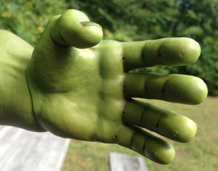 Hot Toys Hulk Bendable Plastic Hands
