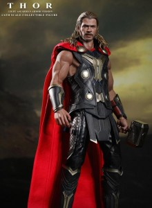 Thor 2 Hot Toys Thor Light Armor Sixth Scale Figure