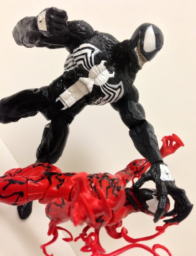 Marvel Select Venom vs. Marvel Legends Infinite Series Carnage