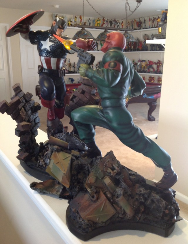 Bowen Designs Action Red Skull vs Captain America Full-Size Statues