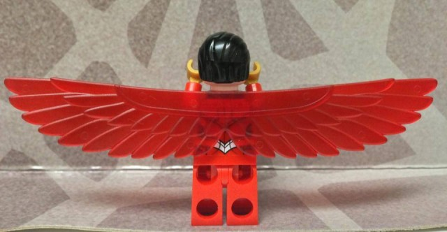 LEGO Falcon Minifigure Wings Rear View LEGO 76018