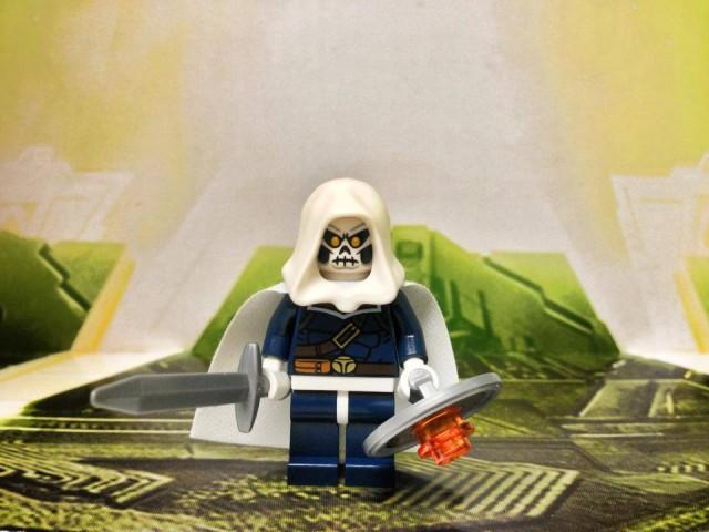 LEGO Taskmaster Minifigure LEGO Hulk Lab Smash 76018