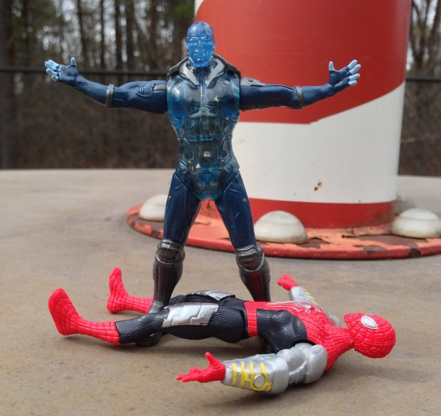 "Amazing Spider-Man 2 Electro 4"" Figure vs. Spider-Man"