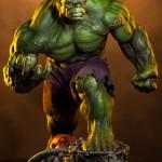Sideshow Green Hulk Premium Format Statue Photos & Order Info