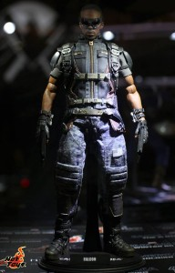 Hot Toys Falcon Sixth Scale Figure Captain America The Winter Soldier