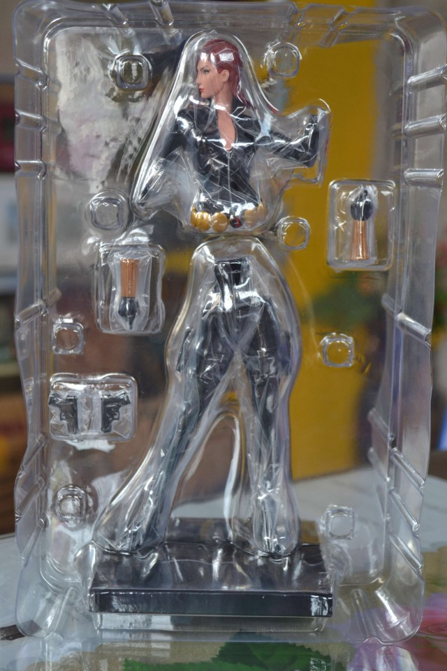 Black Widow Kotobukiya ArtFX+ Statue Unassembled in Bubble Packaging