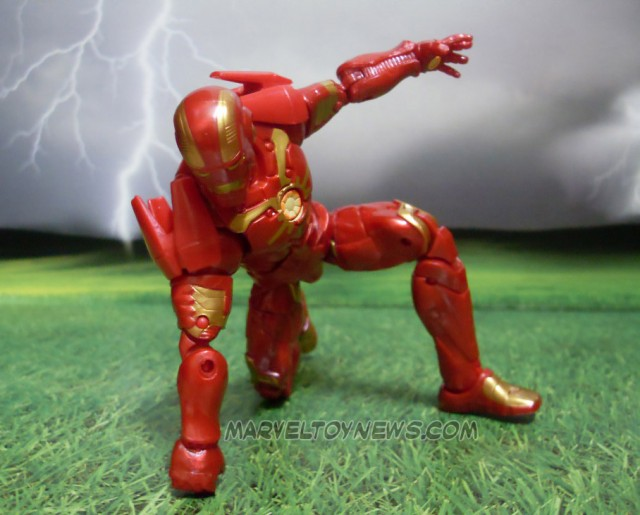 Guardians of the Galaxy Marvel Legends Iron Man Punching the Ground Pose