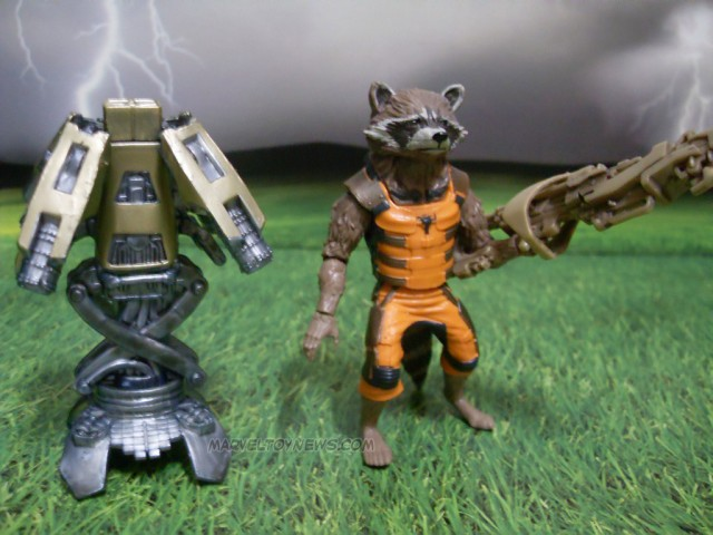Hasbro Marvel Legends 2014 Rocket Raccoon Figure