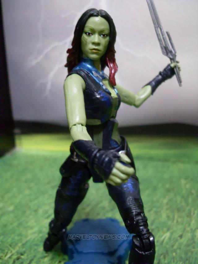 Hasbro Marvel Legends GOTG Gamora Figure Swinging Sword