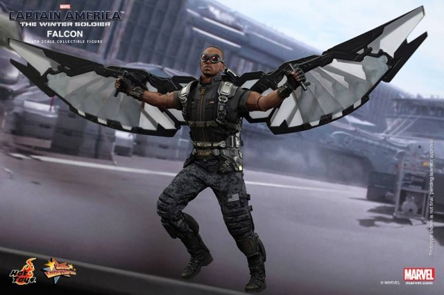 Hot Toys MMS245 The Falcon with Wings