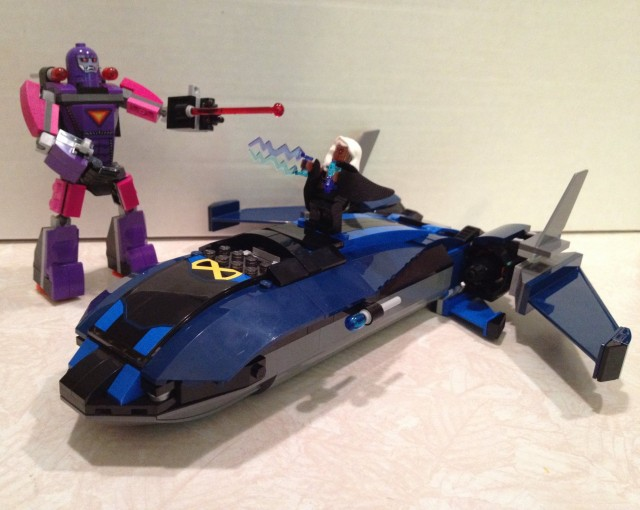 LEGO Marvel X-Men vs The Sentinel Summer 2014 Set Scale Photo