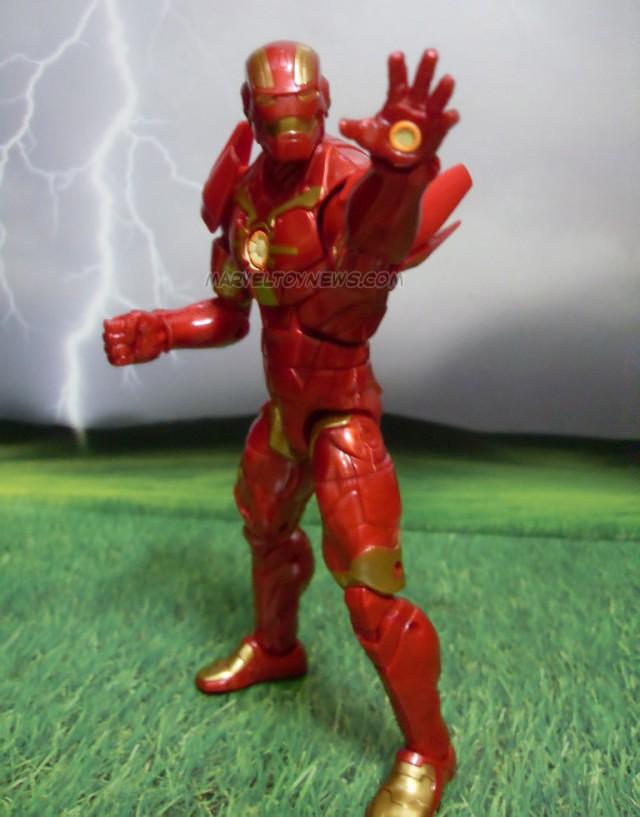 Marvel Legends 2014 Cosmic Iron Man Figure Doing Repulsor Blast