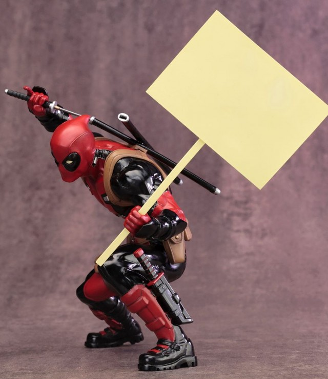 Deadpool Kotobukiya Statue ARTFX with Sign Accessory