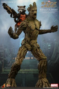 Hot Toys MMS 254 Rocket Raccoon and Groot Figures Set with Exclusive Accessories