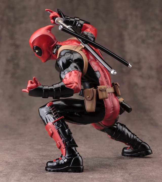 Kotobukiua Deadpool Marvel Now Statue Side 2015