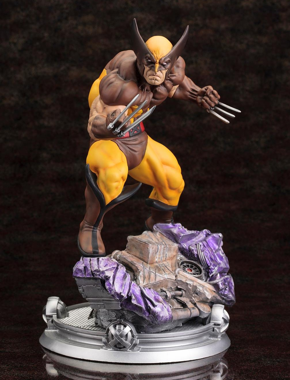 Kotobukiya Brown Costume Wolverine Statue Revealed