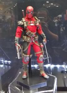 SDCC 2014 Deadpool Sideshow Sixth Scale Figure