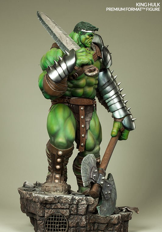 Side View of Premium Format Figure King Hulk Statue by Sideshow Collectibles 2015