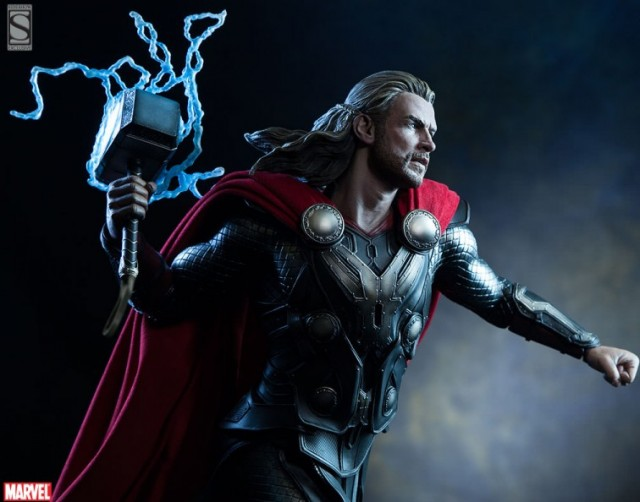 Sideshow Exclusive Thor Dark World Premium Format Figure Lightning Charged Mjolnir