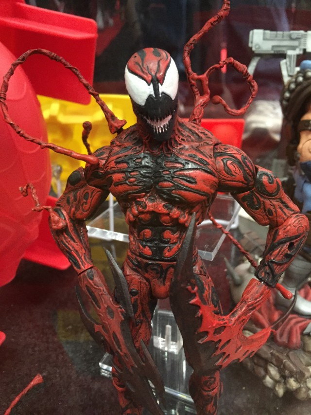 NYCC 2014 Marvel Select Carnage Figure Close-Up