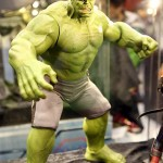 Hot Toys Avengers Age of Ultron Hulk & Thor Figures Revealed!