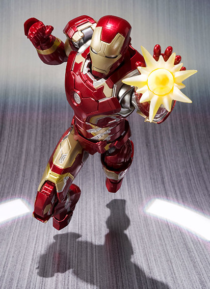 Avengers Age of Ultron SH Figuarts Iron Man Mark 43 Figure Bandai April 2015