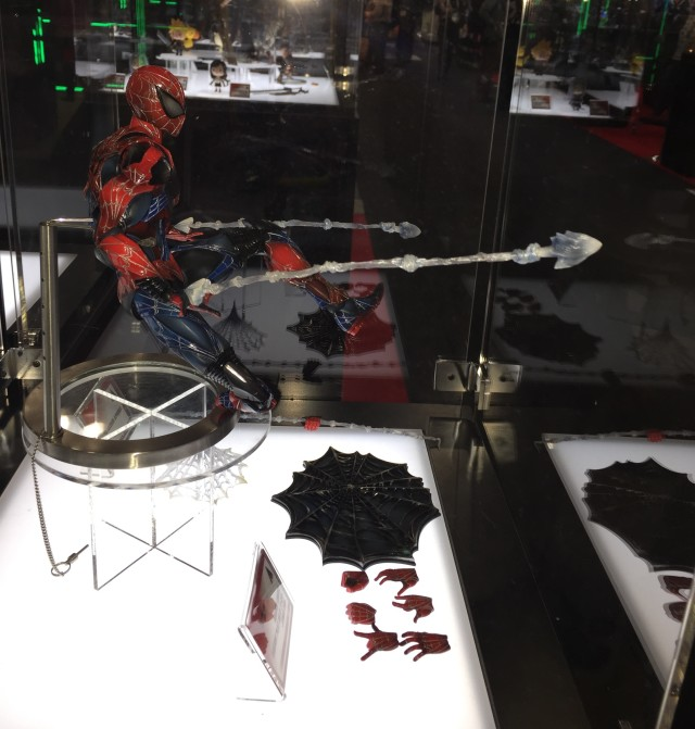 Toy Fair 2015 Square-Enix Spider-Man Play Arts Kai Figure