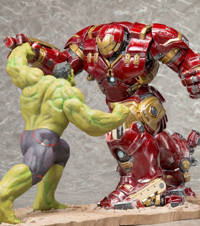 Kotobukiya Avengers Age of Ultron Hulkbuster Iron Man and Hulk Statues