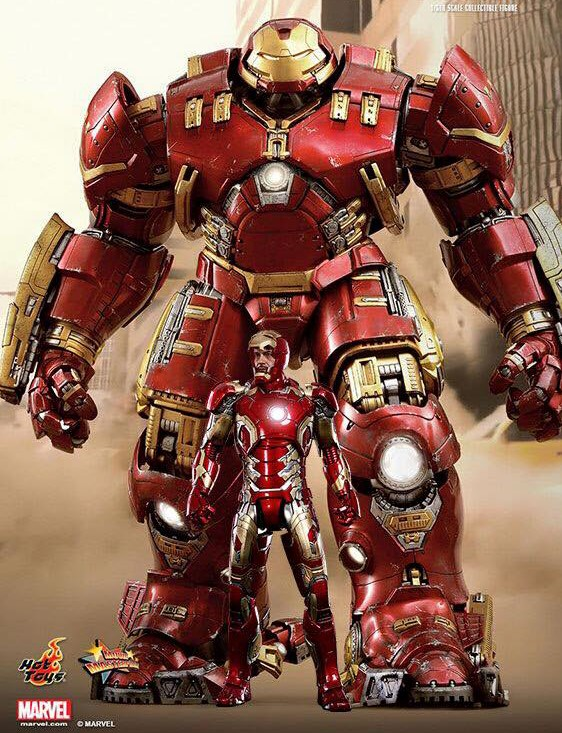 Hot-Toys-Hulkbuster-Iron-Man-Scale-Size-