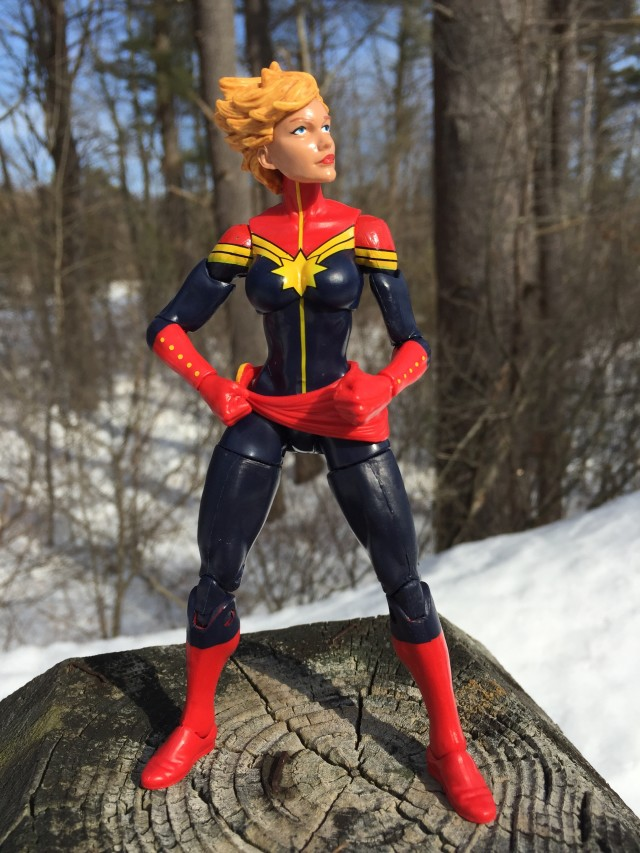Avengers Marvel Legends Captain Marvel Action Figure
