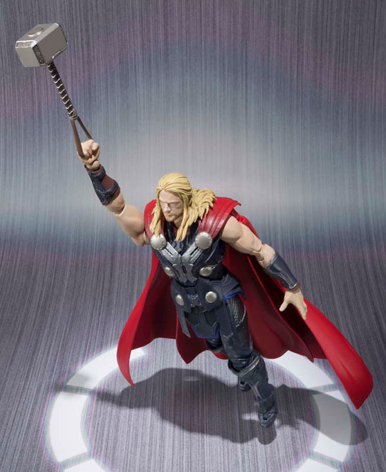 Avengers Age of Ultron Figuarts Thor Figure Flying with Mjolnir