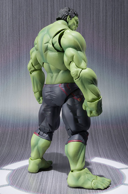 Back of S.H. Figuarts Bandai Hulk Action Figure