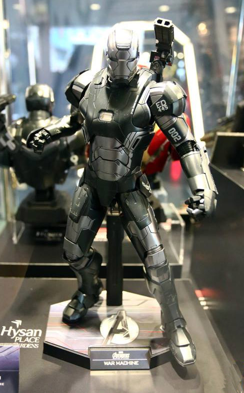 Hot Toys Avengers Age of Ultron War Machine Figure