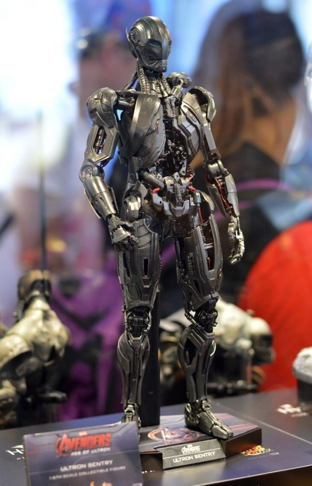 Hot Toys Ultron Sentry Sixth Scale Figure