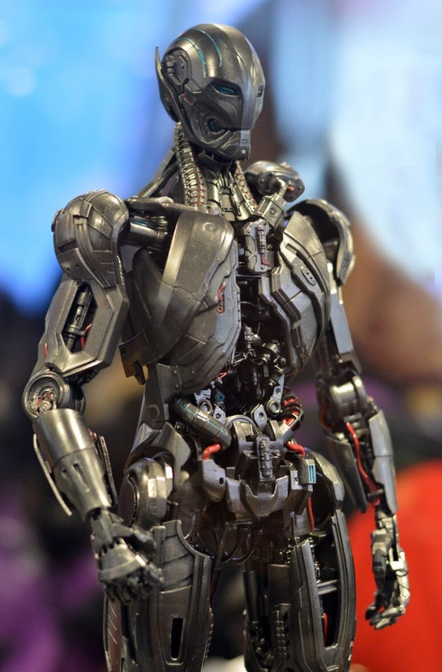 Ultron Sentry Hot Toys Avengers Age of Ultron Figure